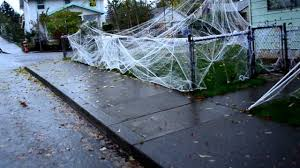 party city halloween decorations 2012 halloween decorations spider web giant spiders spider webs