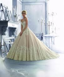 robes de mari e toulouse robe de mariée 2674 collection mori just married
