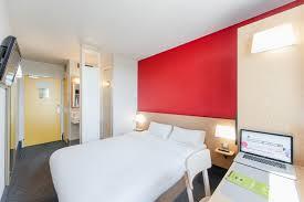 chambre b b hotel hôtel b b chalons châlons en chagne