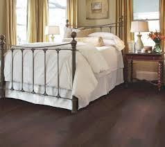 Shaw Classic Charm Laminate Flooring 1166x1039 Jpg