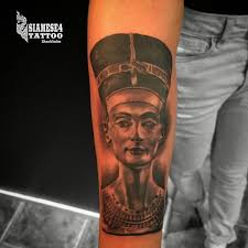 queen nefertari tattoo 51 best egyptian tattoos images on pinterest egypt tattoo