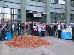chambre syndicale des buralistes drôme vidéo les buralistes déversent 1041 kilos de carottes
