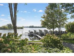 minneapolis townhomes for sale