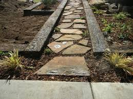 Landscaping Wood Chips by 14 Best Landscaping With Railroad Ties Images On Pinterest