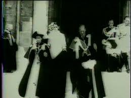 Queen Elizabeth Shooting Film Crew And Behind Dancing Girls On Shooting Video Stock