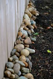 Backyard Landscaping Ideas by Best 25 Privacy Fence Landscaping Ideas On Pinterest Fence