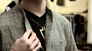 mens fashion necklace images Wearing a button up shirt with a necklace for men solutions for jpg