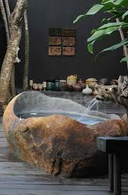 Stone Baths Best 25 Stone Tub Ideas On Pinterest Diy Bathroom Furniture