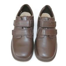 clarks black boots size 5 clarks boys deaton inf brown leather