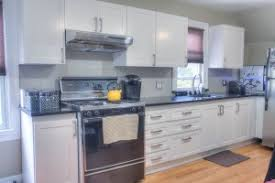 who refaces kitchen cabinets kitchen cabinet refacing nyc brooklyn staten island new jersey