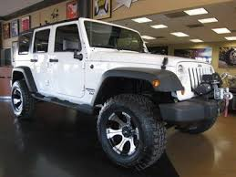 white jeep 4 door find used 2010 jeep wrangler unlimited sport 4 door 4x4 automatic
