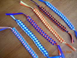 craft ideas to sell loom knit scarf and beanie these make nice