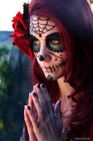 day of the dead zombie halloween mask 132 best day of the dead images on pinterest sugar skulls