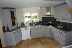 repeindre cuisine chene relooker une cuisine en chene ment moderniser une cuisine rustique