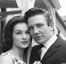 Kitchen Sink Realism - shirley anne field and albert finney in u0027saturday night and sunday