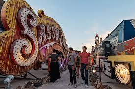 las vegas photographers exploring las vegas neon museum boneyard david giral