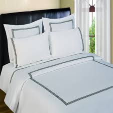 3 line merrow embroidery 300 thread count duvet set black