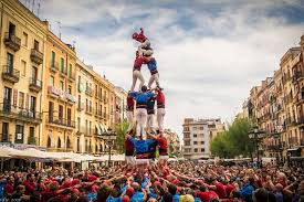 popular traditions in catalonia the castellers