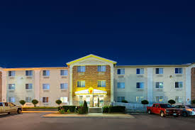 Hotels Next To Six Flags Over Texas Super 8 Plano Dallas Area Plano Hotels Tx 75074 5729