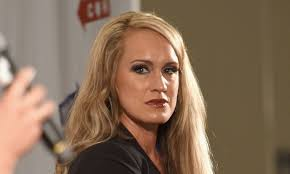 fox news juliet huddy haircut who is scottie nell hughes fox news gets hit by another sexual