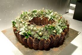 krans met rand van picea kegels kerst en zo pinterest pine