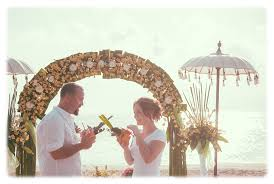 Local Wedding Photographers Misty U0026 Daniel Adrian Agung Bali Wedding Photographer