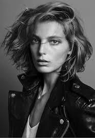 parisian bob hairstyle le fashion blog hair crush daria werbowy new short hair cut bob
