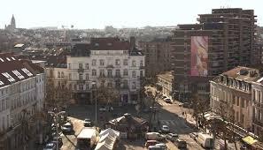 A Place Vue Vue Sur La Place Jourdan Et L Immense Tableau De L Artiste