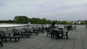 The Patio Lombard Il Roof Top Patio By Pool Picture Of The Westin Lombard Yorktown