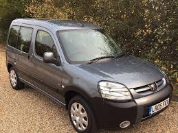 peugeot partner 2005 interior used 2005 peugeot partner 2 0 hdi escapade 5dr for sale in ongar