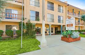 2 Bedroom Apartments In Los Angeles Apartments In Sherman Oaks Los Angeles Ca Magnolia 14358