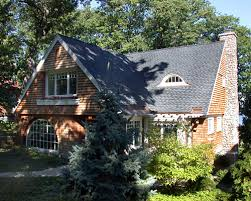 shingle style cottage a closer look seduced by the shingle style fine homebuilding