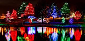 zona rosa tree lighting best kansas city area neighborhood christmas lights mojo real estate