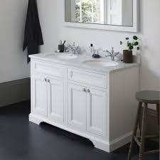 B Q Bathroom Light Bathroom Lighting Bathrooms Cabinets Freestanding Bq Light Shades