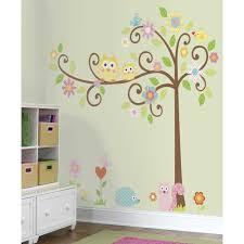 stickers chambre bébé beau stickers arbre chambre bébé et stickers muraux arbre frisa