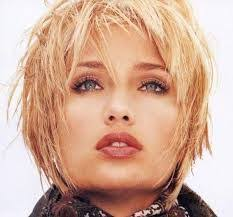 haircut with weight line short layered haircut with weight line how to cut hair short