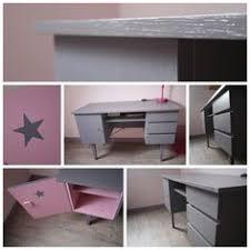 bureau de fille parce que les filles aussi aiment le bleu ce petit bureau rétro
