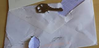 Where Does Stamp Go On Envelope How To Send Keys By Mail