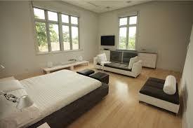 Hardwood Floors In Bedroom Bedroom Design Ideas With Hardwood Flooring