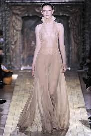 2011 Wedding Dresses Valentino Spring 2011 Haute Couture Dreamy Wedding Dress