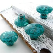 Glass Kitchen Cabinet Hardware Best 25 Dresser Drawer Pulls Ideas On Pinterest Dresser Drawer