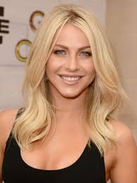 what kind of hairstyle does julienne huff have in safe haven julianne hough blonde medium wavy hairstyle for layers popular