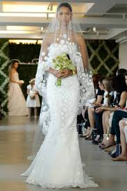 stunning wedding dresses 10 seriously stunning wedding gowns preowned wedding dresses