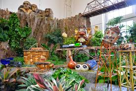 Us Botanic Garden Season S Greenings Roadside Attractions Opens Thanksgiving Day