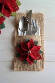 christmas bestas table settings decorations and centerpiece