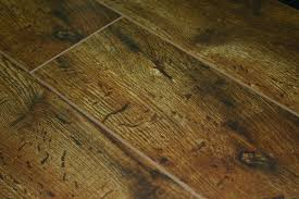 invincible heritage oak 12mm laminate flooring with pad attached