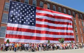Flag Day Usa Manchester Recreates Photo Of 95 By 50 Foot U0027great Flag U0027 New