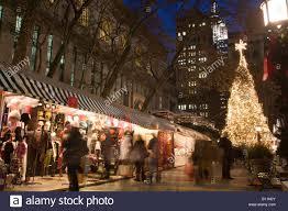 christmas tree lights bryant park christmas market manhattan new