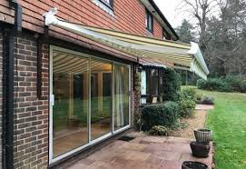 Electric Awning For House Electric Awnings Hampshire Dorset Surrey Sussex Awningsouth