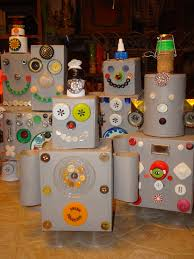 recycle robots made from houshold items like soup cans cereal